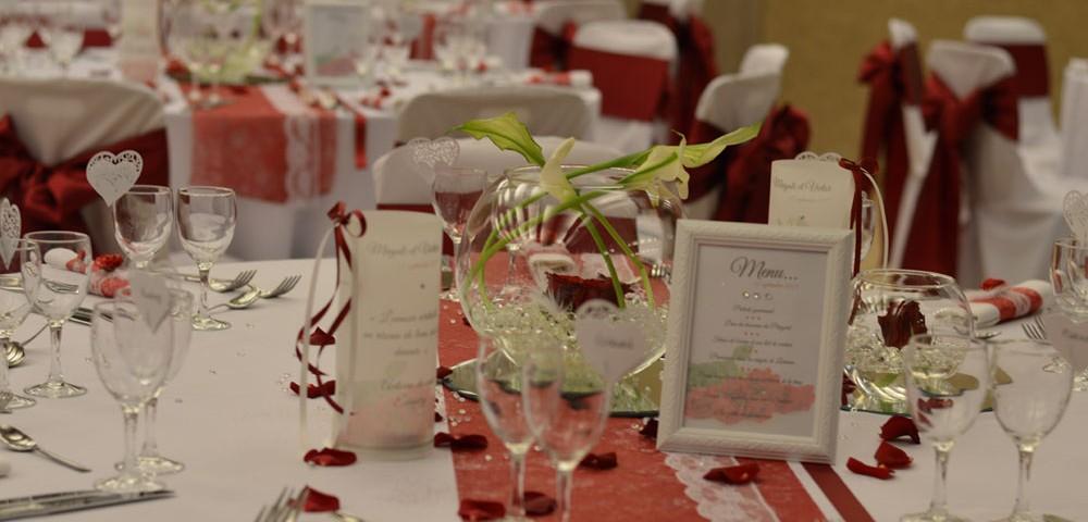 Mariage amour de dentelle for Article decoration mariage