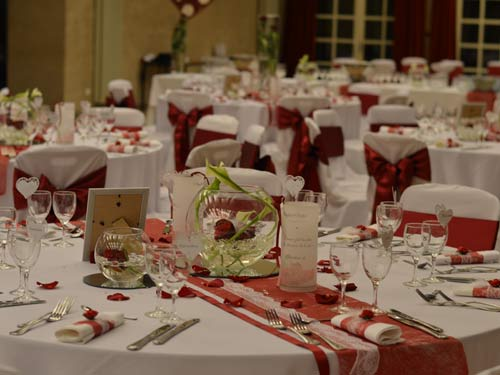 decoration-de-mariage-griffe-deco-nancy-rouge-bordeau2